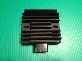 Ninja250/400 Z750 Z1000 レギュレター/レクチ