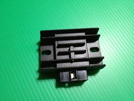 KMX125 200 KL600 レギュレター/レクチ