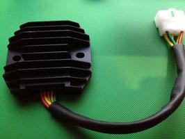 ゼファーχ ZRX400 レギュレーター/レクチ