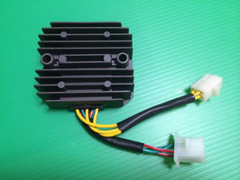 CBR250F FOUR レギュレーター/レクチ