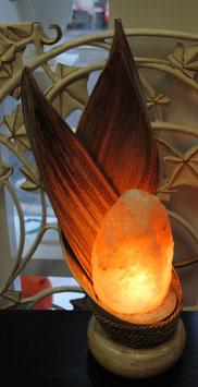 """Lampe de sel """"croisement de feuilles de coco"""