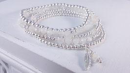 Armbänder aus Silber und weissem Mondstein * (DAB 86)
