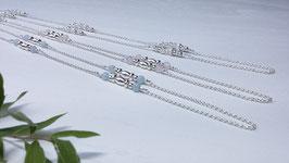 Lange Halskette mit verschiedenen Edelsteinen* DHS 9