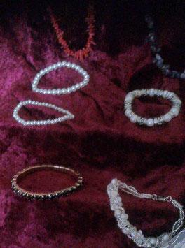Armbänder-Variationen