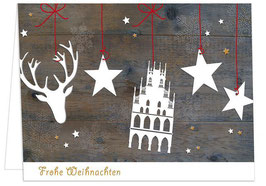 Rathaus und Hirsch auf Holz – Frohe Weihnachten