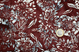 Batikstoff rotbraun mit blaugrauen Blüten 309