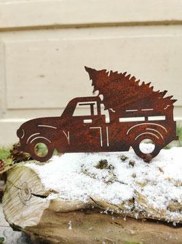 Pick-up mit Weihnachtsbaum zum Schrauben