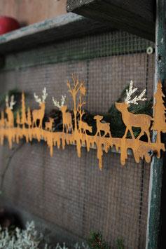Tiere im Wald mit Goldverzierung