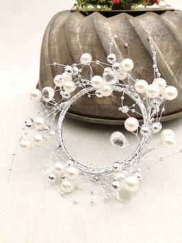 Perlenkranz mit Silber
