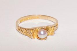 Lapponia Ring mit roséfarbener 1 Perle - O8
