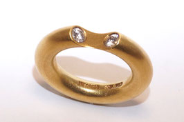 Niessing Ring mit zwei Brillanten mit  0,30 ct in 750er Gold