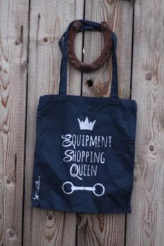 """Shopping Queen"""