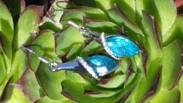 Ohrringe mit türkisfarbenen Kristall