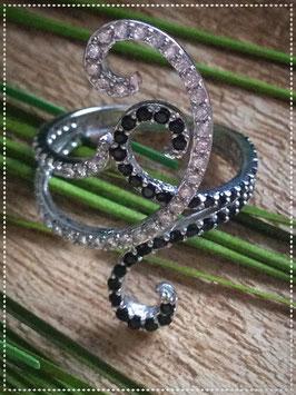 Ring, 925er Sterling Silber, rhodiniert, Gr. 57, mit Zirkonia Steinen
