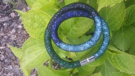 STARDUST ARMBAND, doppelt gewickelt, Blautöne, mit funkelnden Kristallen