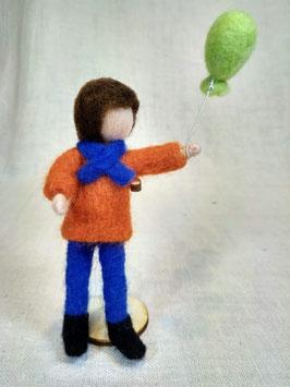 Gefilztes Kind mit Ballon