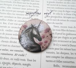 badge broche licorne noire et rose