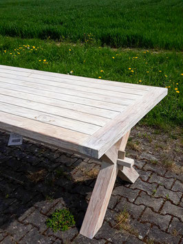 Recycled Teak Tisch