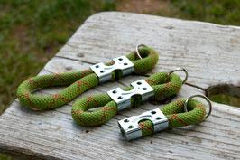Schlüsselanhänger in Grün-Rot | Ropes Upcycled