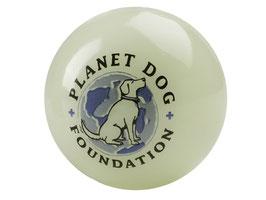 Glow for Good Ball - Leuchtball von Planet Dog