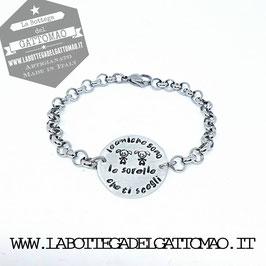 """-BRCP-Bracciale in acciaio con medaglia centrale in alluminio incisa """"LE AMICHE SONO LE SORELLE CHE TI SCEGLI""""*"""