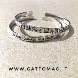 Versione PIATTA - Bracciale rigido Argento 925 MARTELLATO oppure LISCIO  incisione personalizzabile*