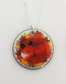 Large Round Necklace in Red Fox in Leaves