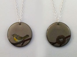 Large Round Necklace in Common Yellowthroat