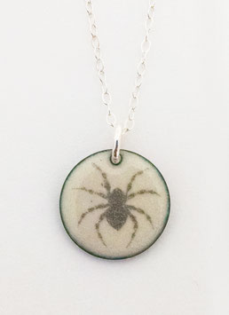 Small Round Necklace in House Spider