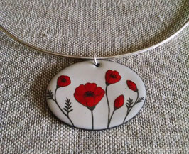 Very Large Oval Necklace on Chain in Poppy