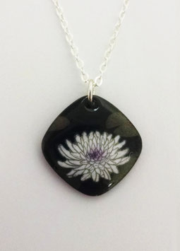 Small Cushion Shaped Pendant in Waterlily