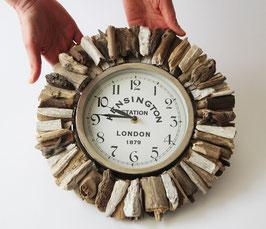 Uhr mit Treibholz Sonne kombiniert (Nr. 4348)