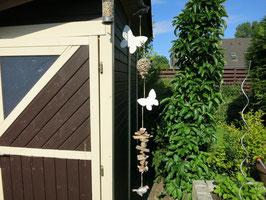 Girlande mit Schmetterlingen aus Holz (Nr. 0372)