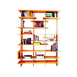 Libreria in legno- facile e divertente da assemblare grazie ai pannelli ad incastro e mensole regolabili