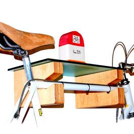 """Portabiciclette """"Gino"""": una mensola pratica e divertente che ti organizza lo spazio."""