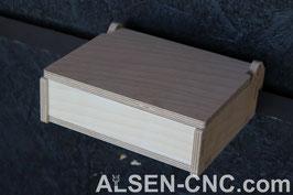 Geschlossene flache Box 50x200x150