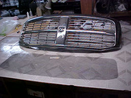 Back of Grill Ram 2006-08 2500bug screen