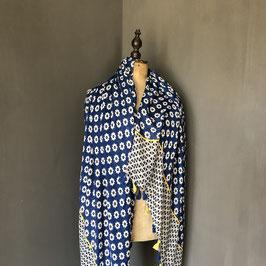 Sjaal | Bloemenprint donkerblauw met geel en kwastjes