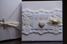 Einladungskarte Hochzeit Rose, Brosche, Spitzenband, Spitze, Edel