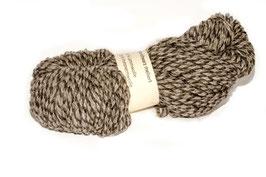 50 % Lammwolle 50 % Pommersches Landschaf grau schwarz melliert
