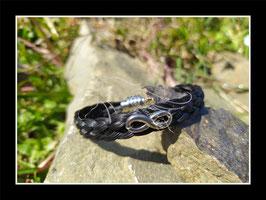 """Bracelet en véritables crins de cheval noirs, tressé à plat 5 brins, fermoir aimanté en acier inoxydable, connecteur """"infini"""""""