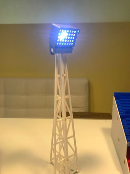 4 IR remote controlled Subbuteo Flood lights!