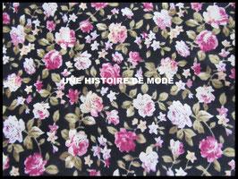 Tissu à fleurs  en coton noir  - 50 x 45 cm - Coupon T53