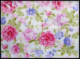 Tissu en coton fleuri -  50 x 45 cm  - coupon T56