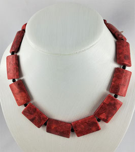 Schaumkoralle (gefärbt) - Halskette