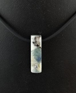 ProduktnameProdukte Name:       Disthen blau (Kyanit)-Armband.