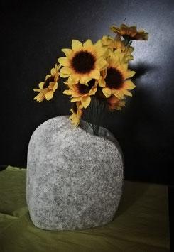 Stein-Vase