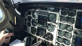 Checkflug Piper Cheyenne PA31T/42 außerhalb einer ATO