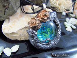 Mittelalter Kette in Vintage Optik mit Rosen und blau-grünem Stein