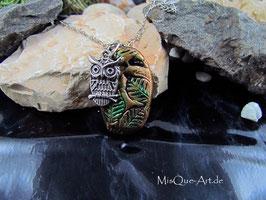 Halskette mit floralem Anhänger Eule Talisman Glücksbringer